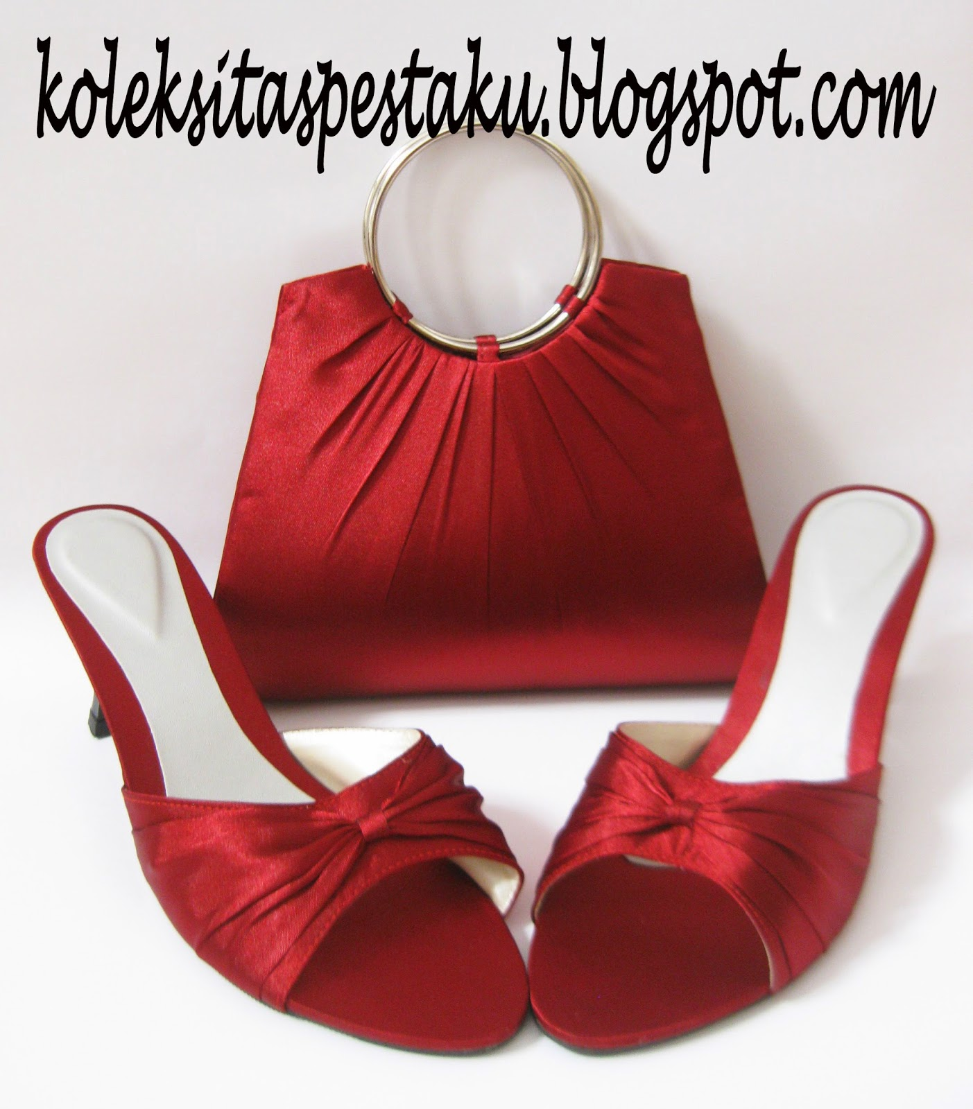 Serasi Warna Maroon Clutch Bag Tas Pesta dan Slop Pesta Ring Silver