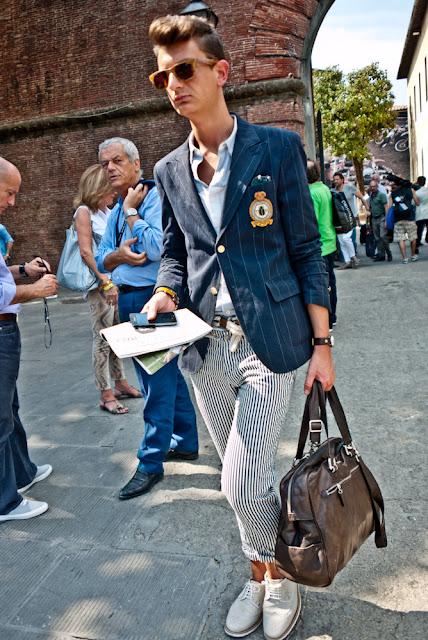 แฟชั่นกระเป๋าสำหรับผู้ชายเท่ๆ