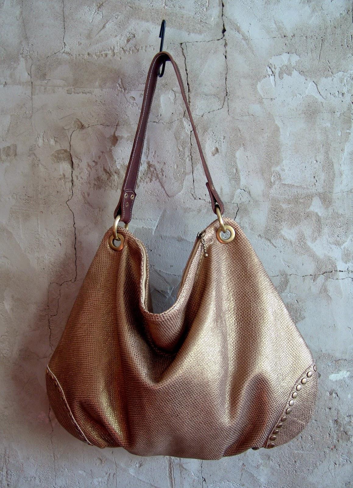 сумка из золотой кожи