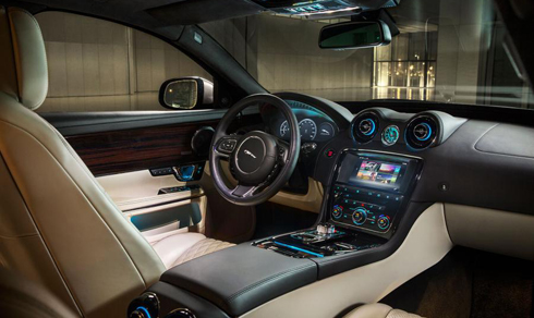 Giá Jaguar XF 2016, Jaguar XJL 2016, Jaguar F-Type 2016 TpHCM