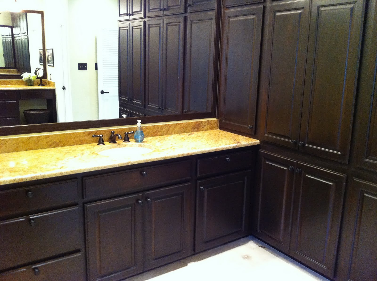 Kitchen wall colors with dark cabinets - The Cul De Sac Welcome To My Home Master Bath Makeover