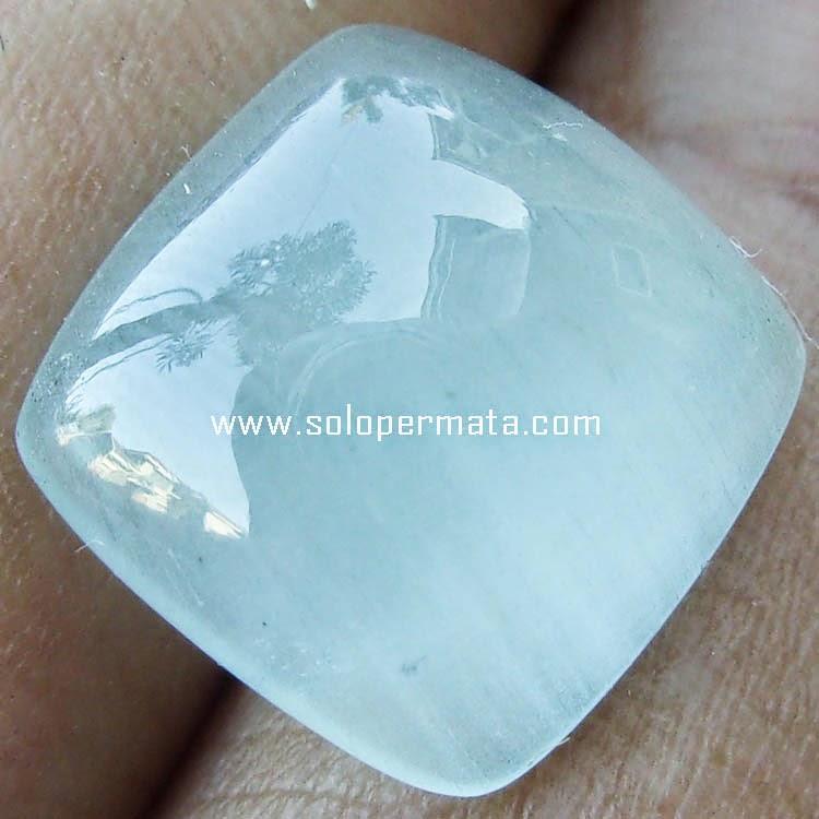 Batu Permata Milky Aquamarine