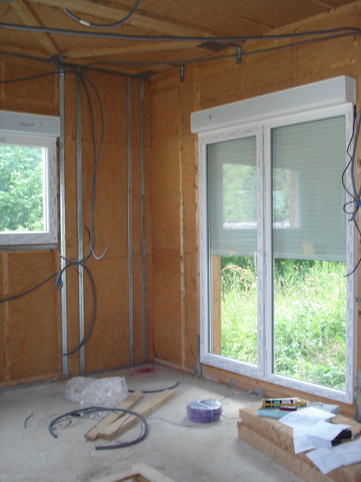 notre aventure dans la construction test volets roulants. Black Bedroom Furniture Sets. Home Design Ideas