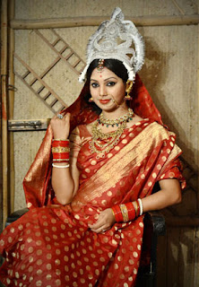 sadia jahan prova in hindu marriage costume