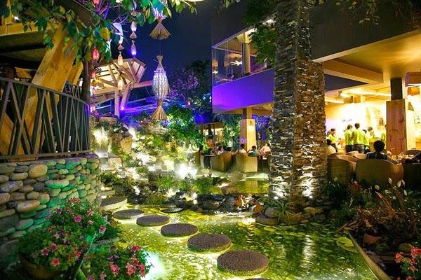 Không gian tuyệt vời tại các quán cà phê Sài Gòn