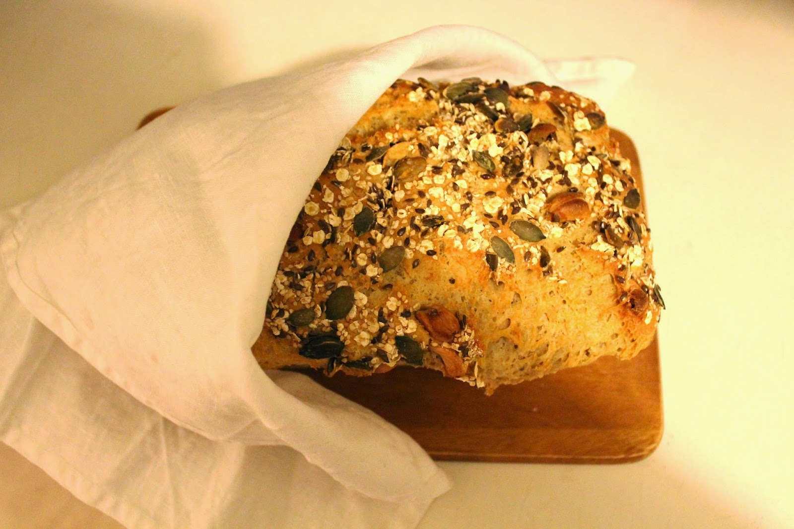 simple, yammy and easy to make oat bread