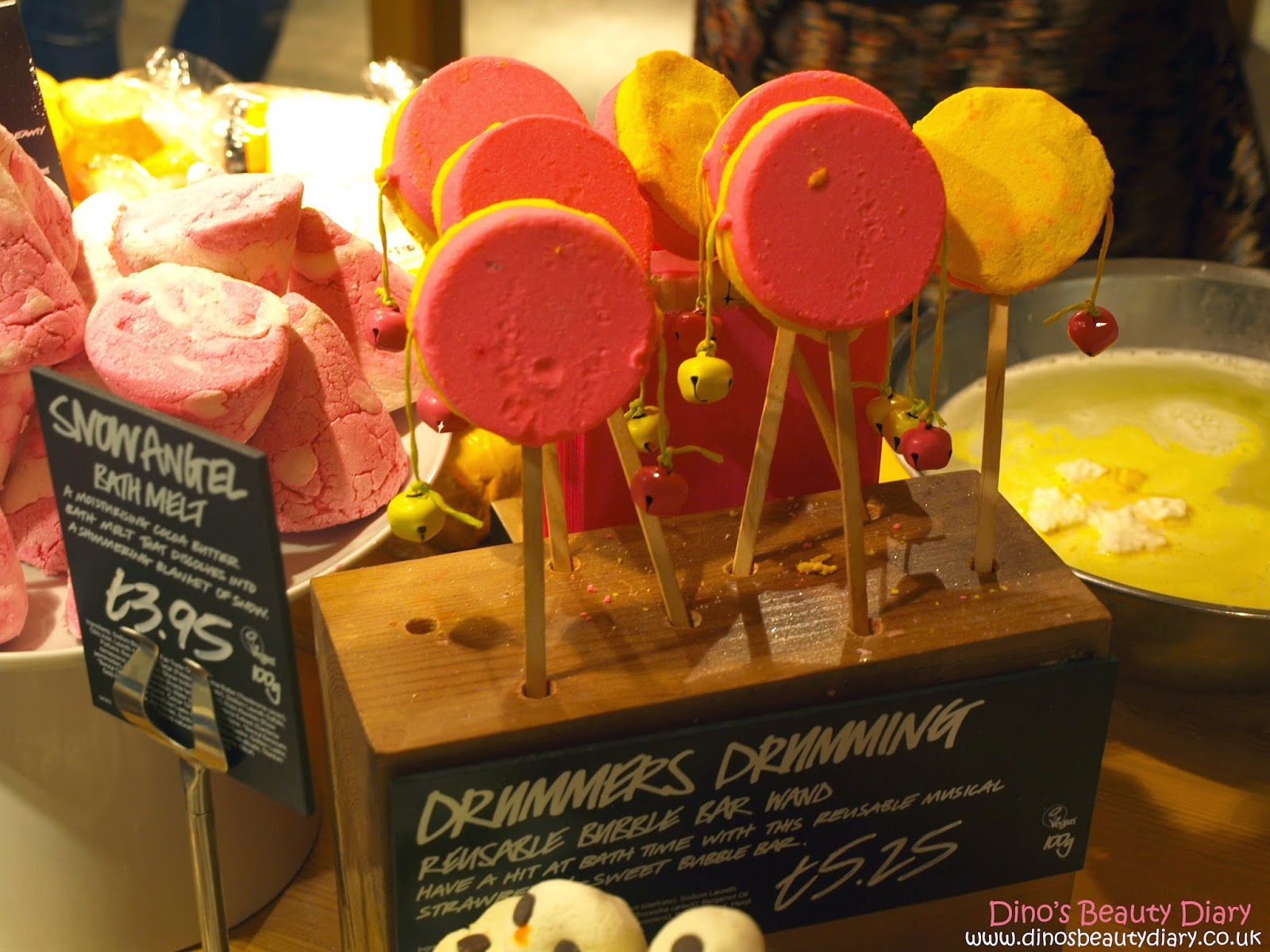 Dino's Beauty Diary - Lush Nottingham Bloggers Event - drummers drumming bubble bars