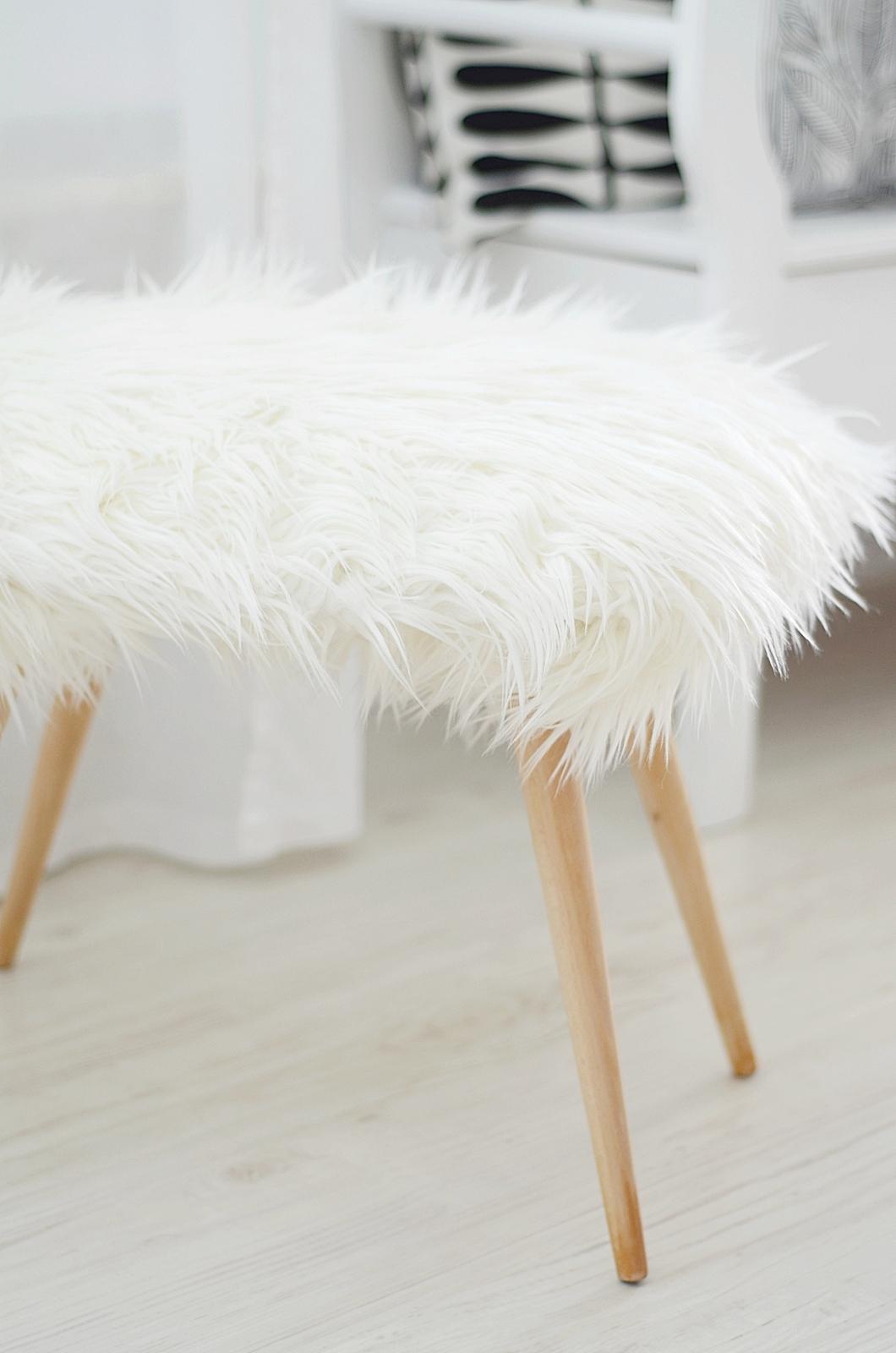 der sch fchen hocker sinnenrausch der kreative diy blog f r wohnsinnige und selbermacher. Black Bedroom Furniture Sets. Home Design Ideas