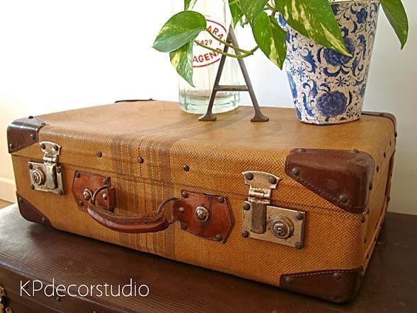Quiero comprar una maleta vintage antigua