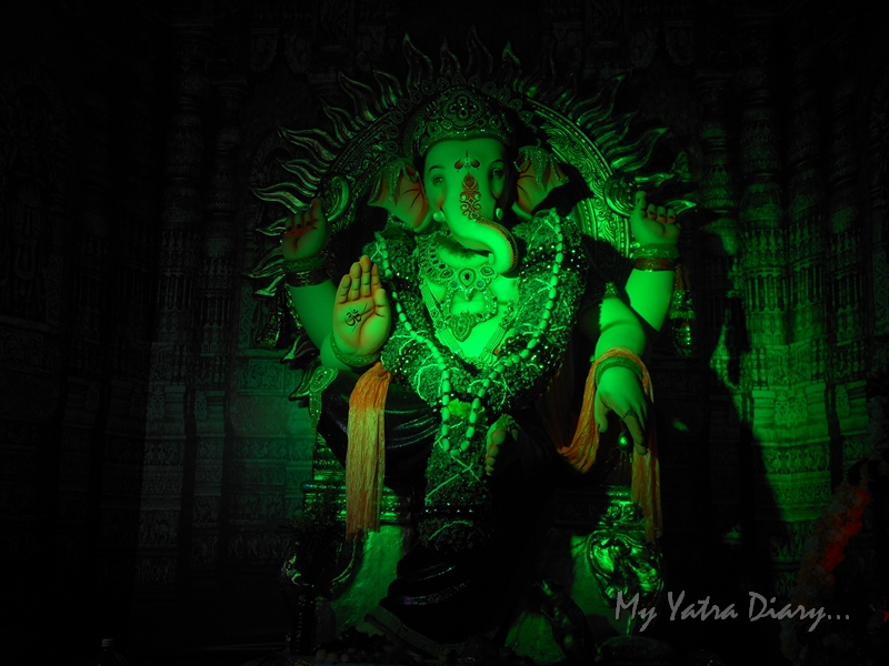 Lighted festooned floral Ganesha, Ganesh Pandal Hopping, Mumbai