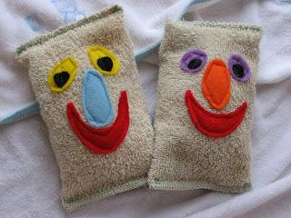 Esponjas de banho para as crianças de feltro