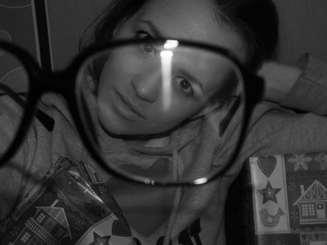 okulary od FIRMOO