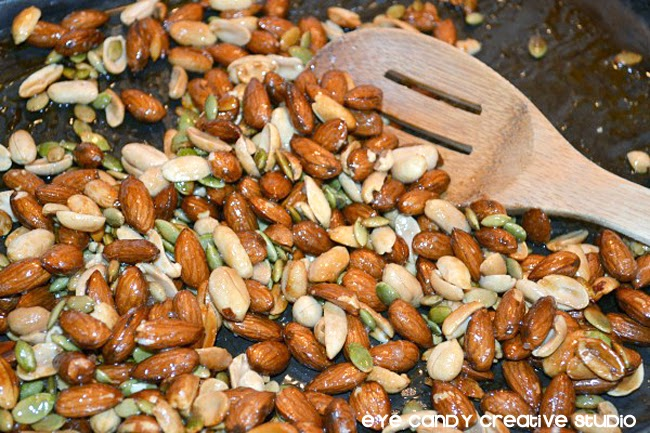 almonds, roast in the oven, stir ingredients, father's day snack idea
