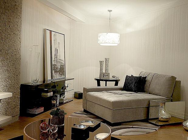 """Coisas da beneh: nova """"cara"""" para a parede da sala de estar"""