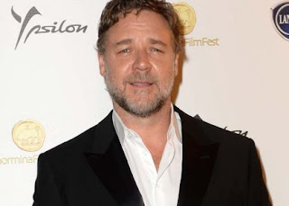 'Les Miserables' star Russell Crowe injured his feet while working out