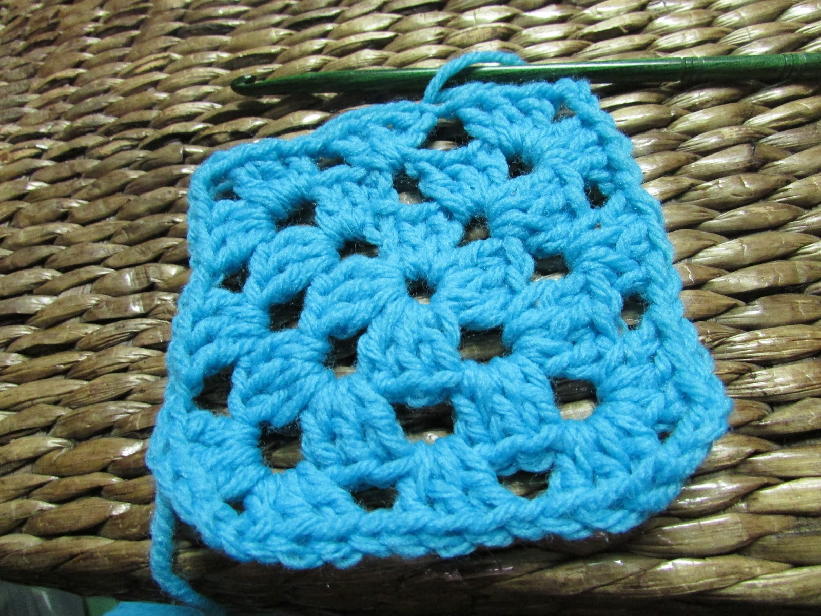 Basic Crochet Pattern For Granny Square : Off The Hook: Basic Granny Square, Solid Color