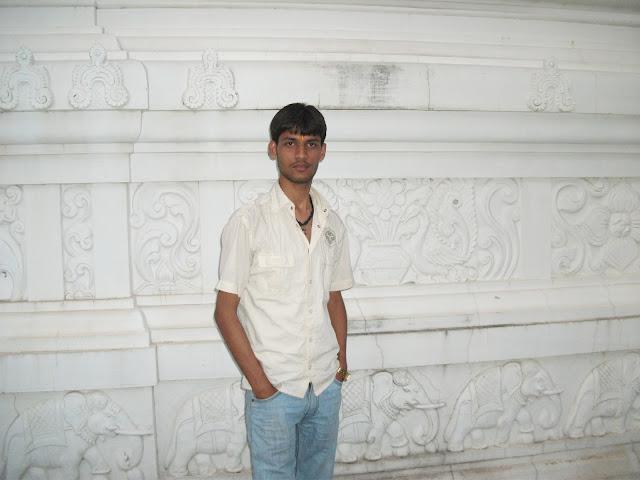 Anshu Dikshant at Shri Ram Mandir, Renukoot