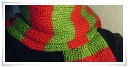 http://customknittreausres.blogspot.com/2011/10/hand-knit-christmas-scarf.html