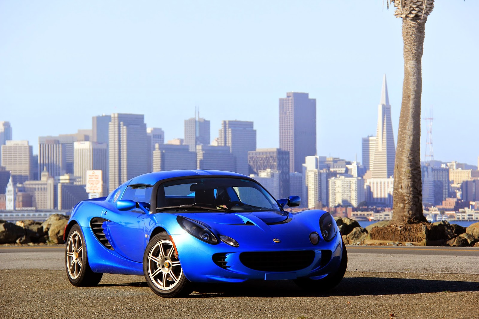 Thestradman chasing cars roadtrip san francisco to park city i met the current owner at his downtown sf condo and quickly completed all necessary paperwork finally getting the keys to my new elise vanachro Choice Image