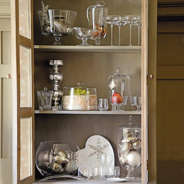 Estilo rustico aparadores y vitrinas rusticas - Como decorar una vitrina ...