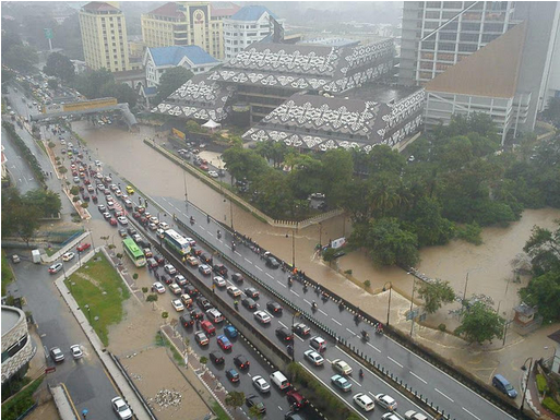 Gambar 1 : Banjir kilat KL 13 Dis 2011