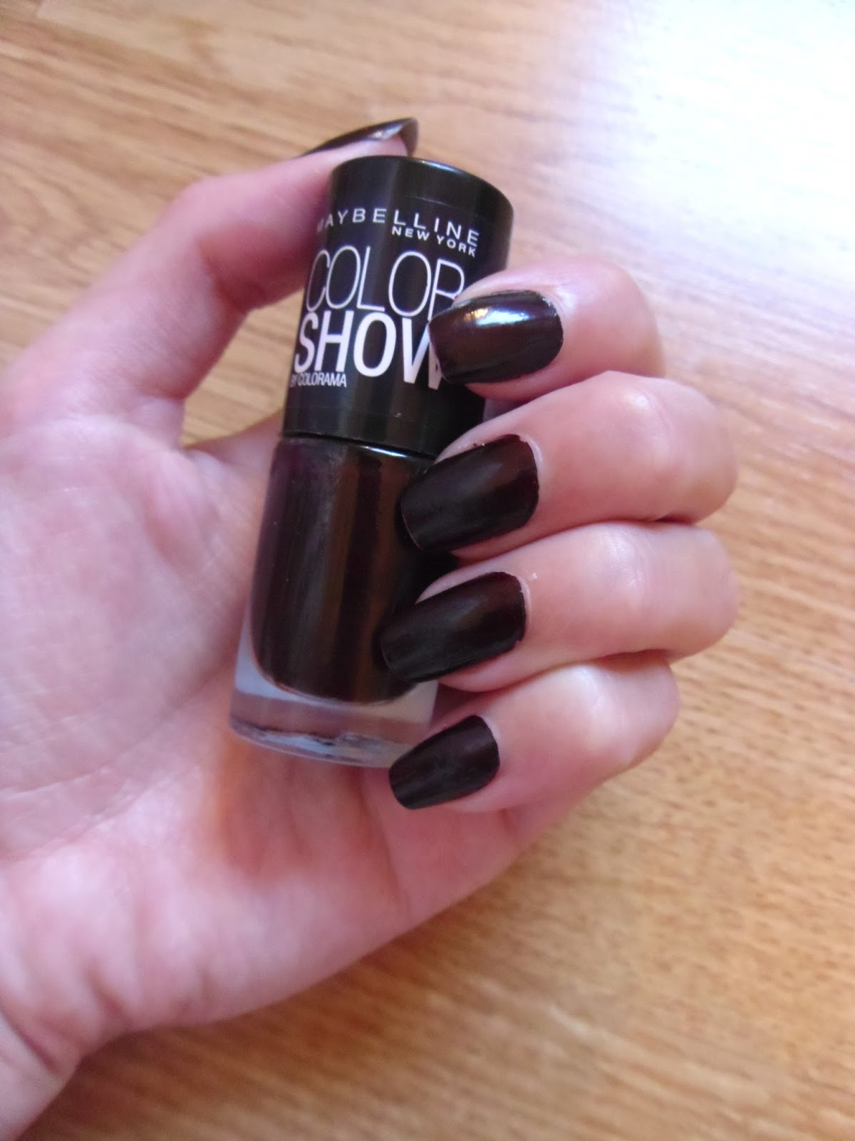 Maybelline Color Show - Burgundy Kiss. | CHANELLE JADE