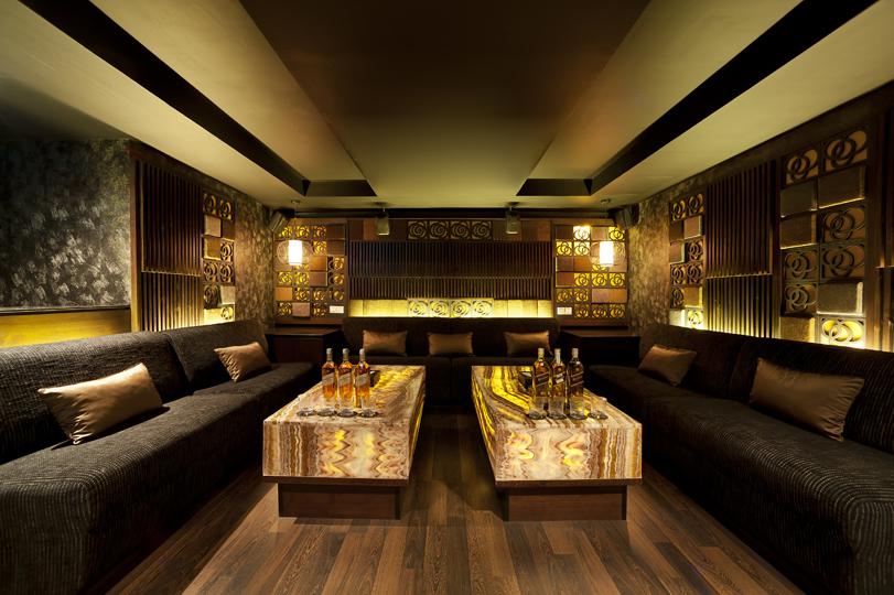 Zen club karaoke and sexy dancers thamrin updated 2015 for Design room karaoke