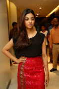 Radhika Apte at Manjhi movie event-thumbnail-17