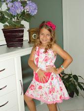 Caroline agora com 7 anos