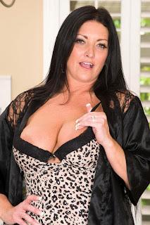 Sexy Pussy - rs-sam076ASI_298229004-739170.jpg