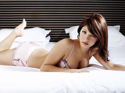 Hot & Cute Girl