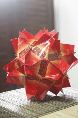 Belajar Interaktif: Koleksi Gambar Lampion Dari Kertas Angpao