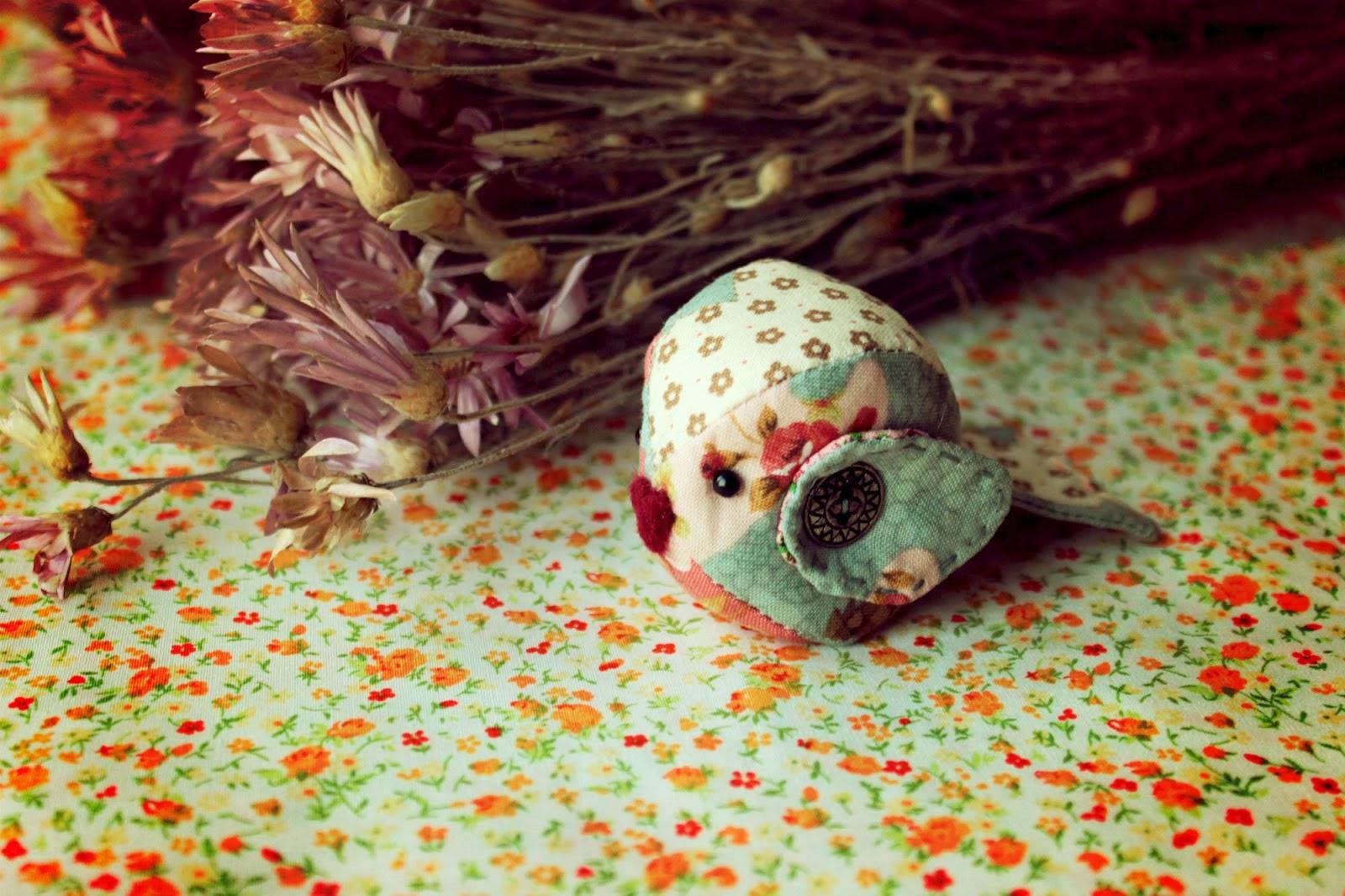 текстильные птички, пухленькая птичка, сувениры к пасхе, шьем птичку, украшение интерьера, для дома, для уюта, украшаем дом, птичка своими руками, пухленькие птички, шьем птичек,  птицы своими руками