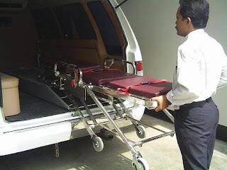 Modifikasi Mobil Ambulance