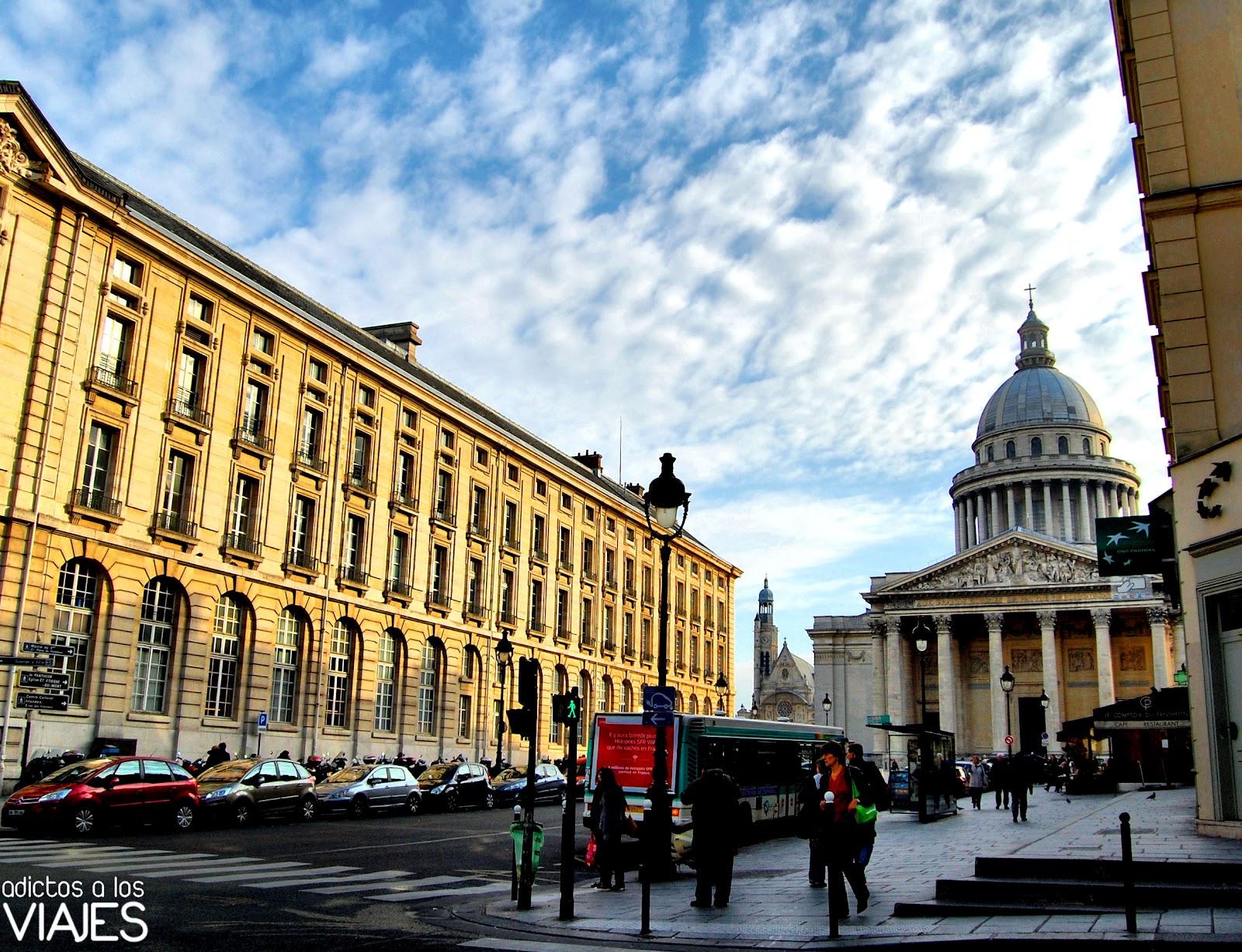 Un paseo por París ~ Adictos a los viajes - Blog de viajes