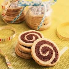 pinwheel cookie favors