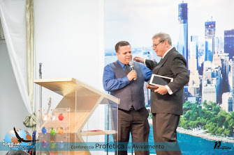 Apóstolo Almir e pastor Navarro