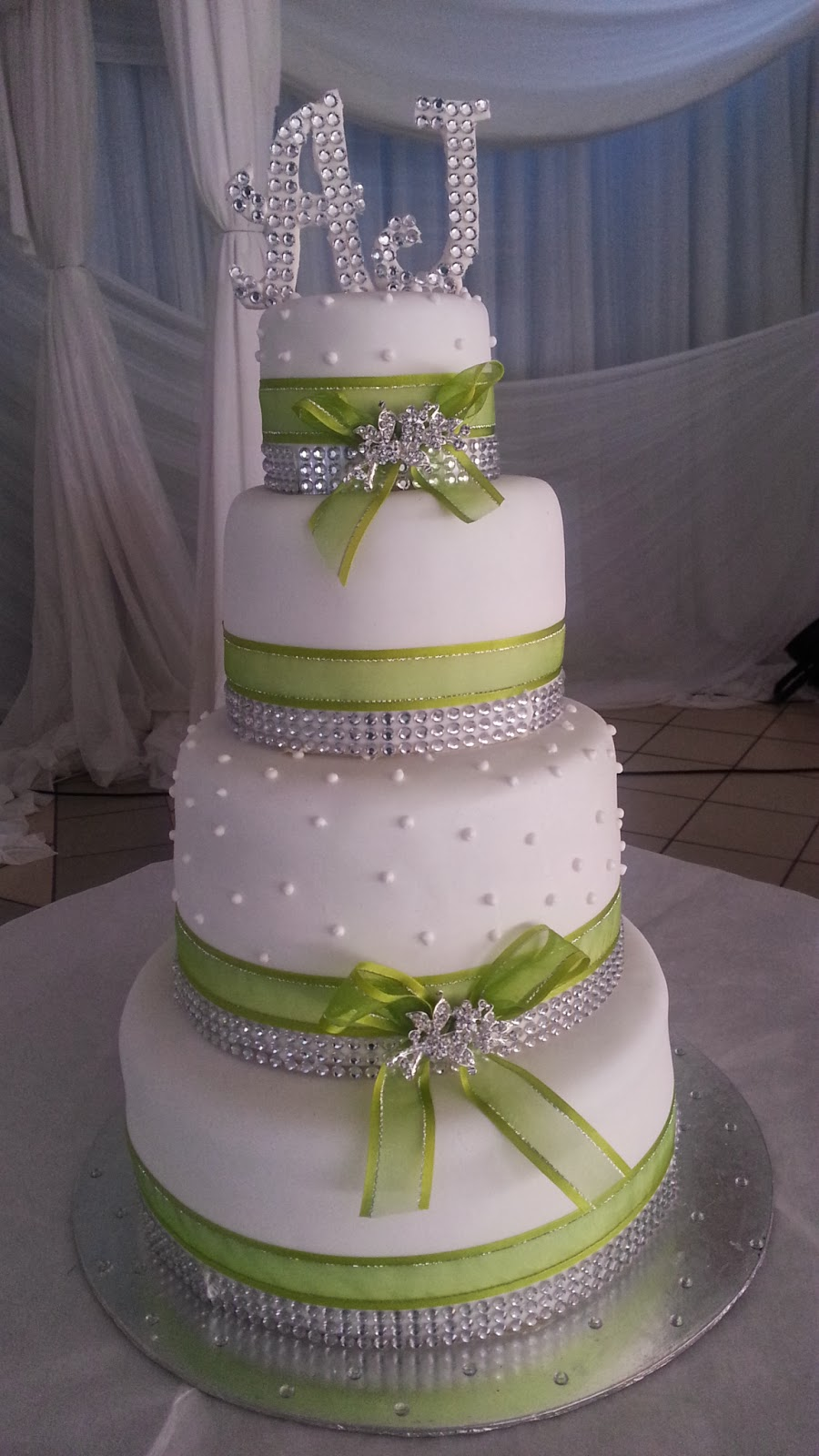 Lulu Belle Cakes How About Some Bling Wedding Cake