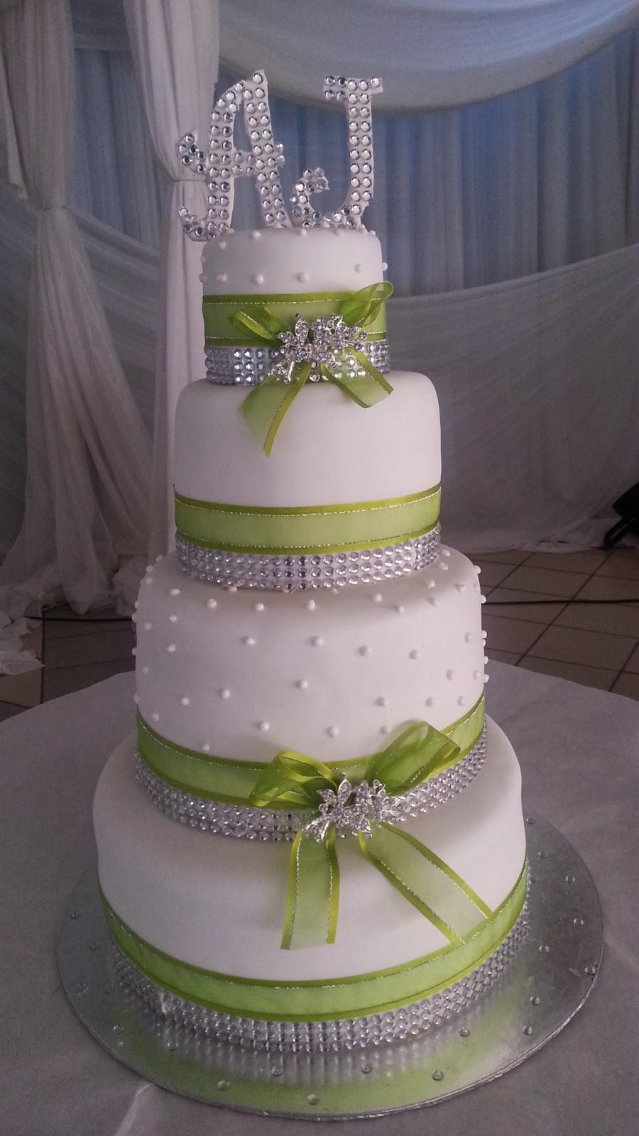 lulu belle cakes how about some bling wedding cake. Black Bedroom Furniture Sets. Home Design Ideas