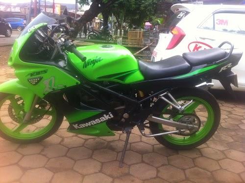 http://grosir-motorbekas.blogspot.com/2014/10/jual-cash-kredit-motor-bekas-ninja-rr.html