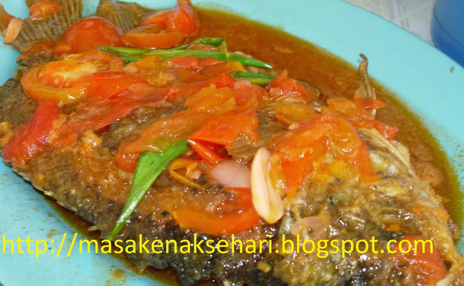 ikan saus tomat
