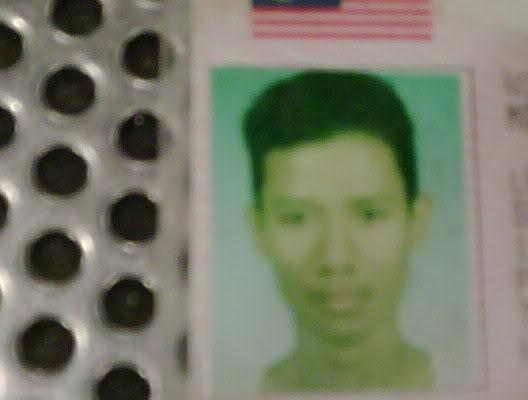 #WW - Foto Faizal Ismail pada lesen memandu