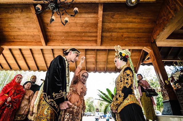 Pernikahan Tradisional Adat Jawa