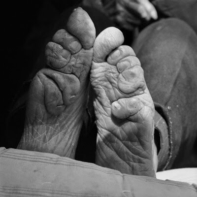 a close up of a foot binding