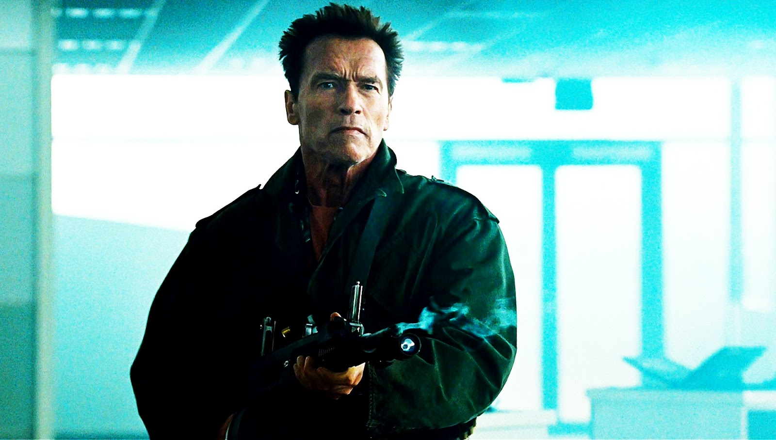http://4.bp.blogspot.com/-6cR3OK3Gjx4/UC1es4PhhkI/AAAAAAAACA4/fxzFR8MC9RY/s1600/The+Expendables+2-Arnold+Schwarzenegger.jpg