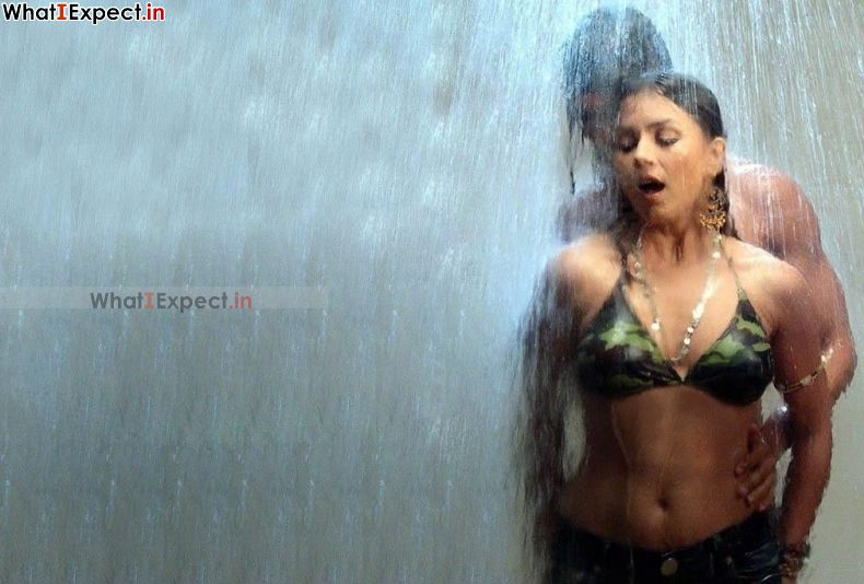 Nude busty mahima chaudhry, hot naked girls in a hot tub pics