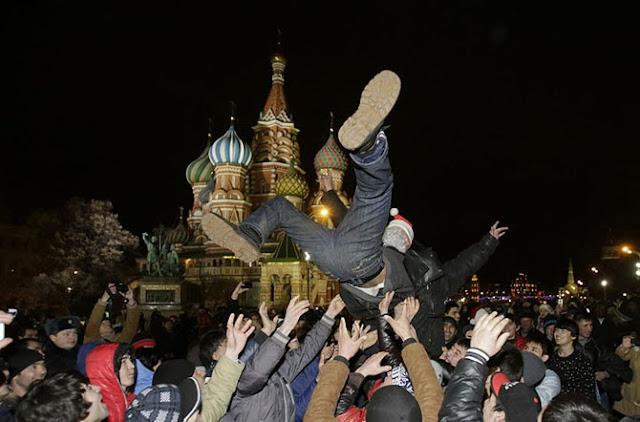 Новогодняя ночь на Красной площади в Москве.