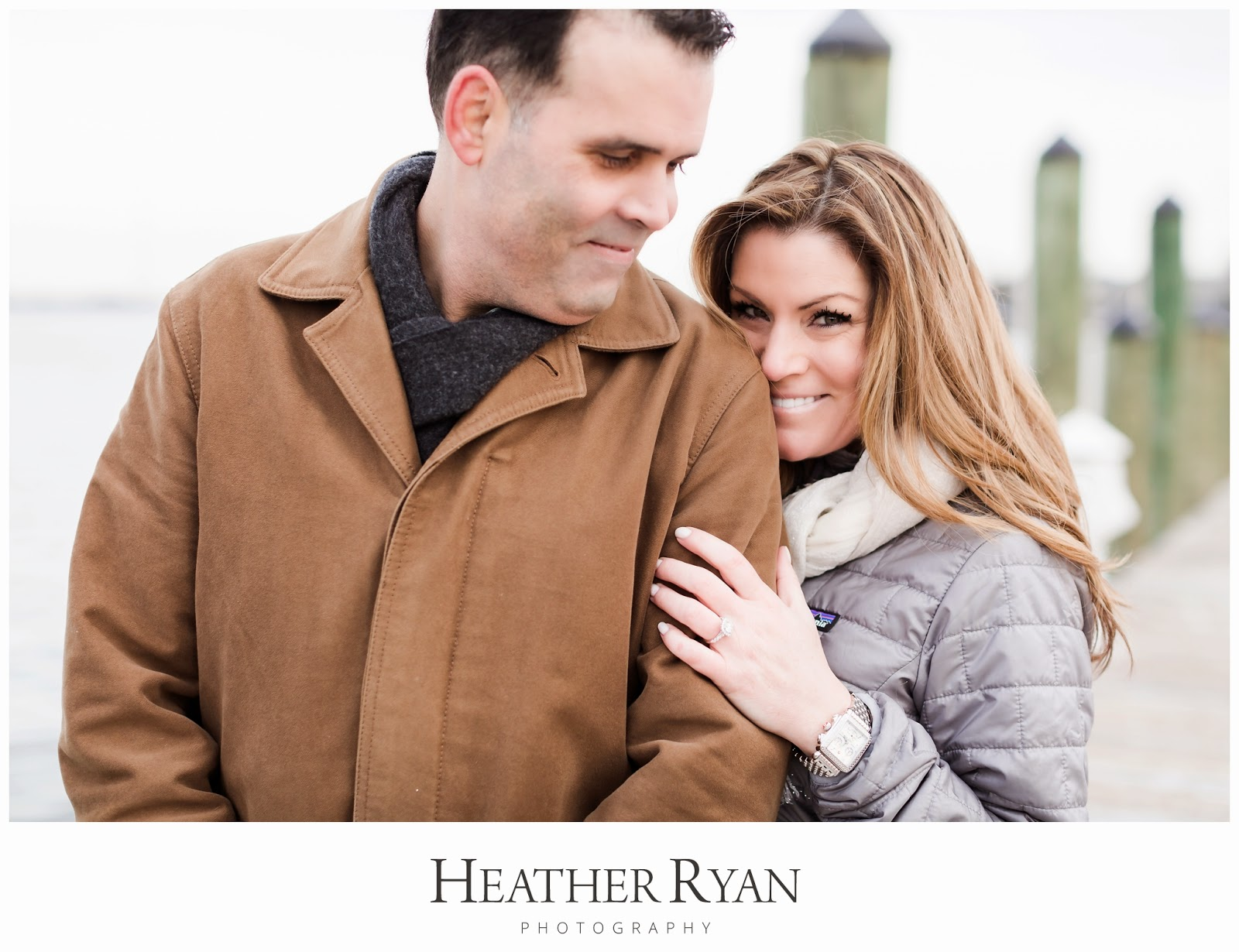 Downtown Annapolis, MD Winter Engagement Photography | Photos by Heather Ryan Photography