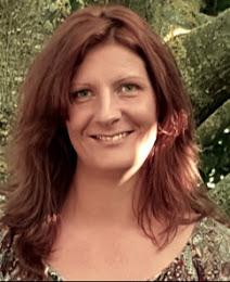 Elisabeth EMILY