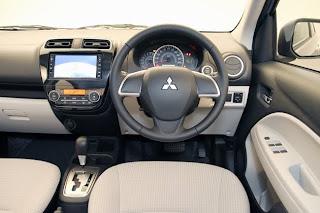 interior Mitsubishi mirage 2013